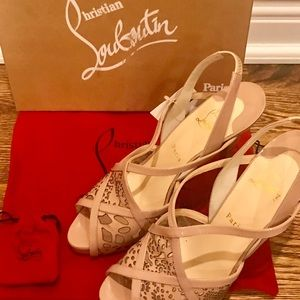CHRISTIAN LOUBOUTIN Baladeuse Platform Sandals